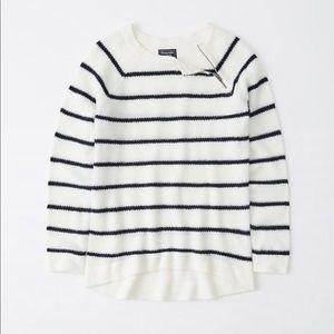 Abercrombie zipper crew stripe sweater NWT
